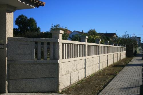 Casa de piedra color blanco ibérico (18)