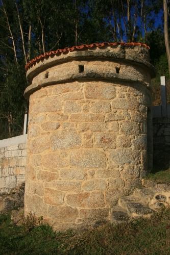 Palomar contruido en piedra (3)