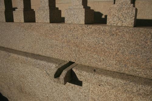 Vivienda construida con piedra país (14)